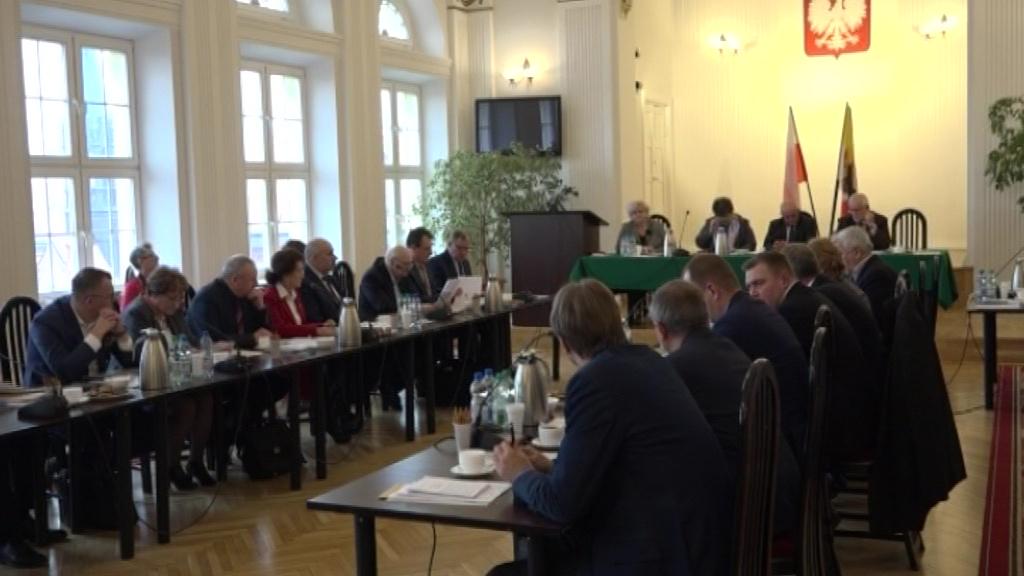 Burzliwa sesja Rady Powiatu. Poszło o Łódzką Strefę Ekonomiczną