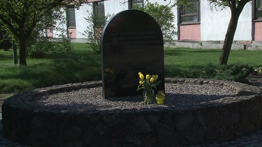 Uczniowie upamiętnili Dzień Pamięci o Holokauście