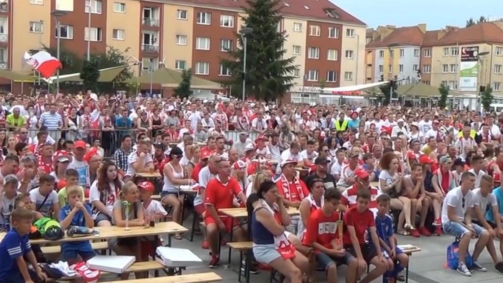 Miłośnicy footballu obejrzą Mundial w specjalnych strefach kibica