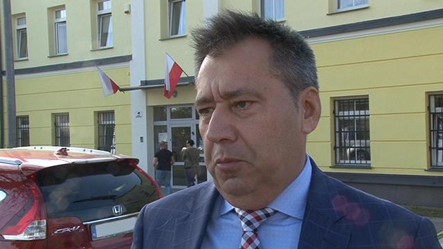 Emocjonujący finisz kampanii wyborczej. Jakie słowa musi sprostować Jacek Kuźniewicz?