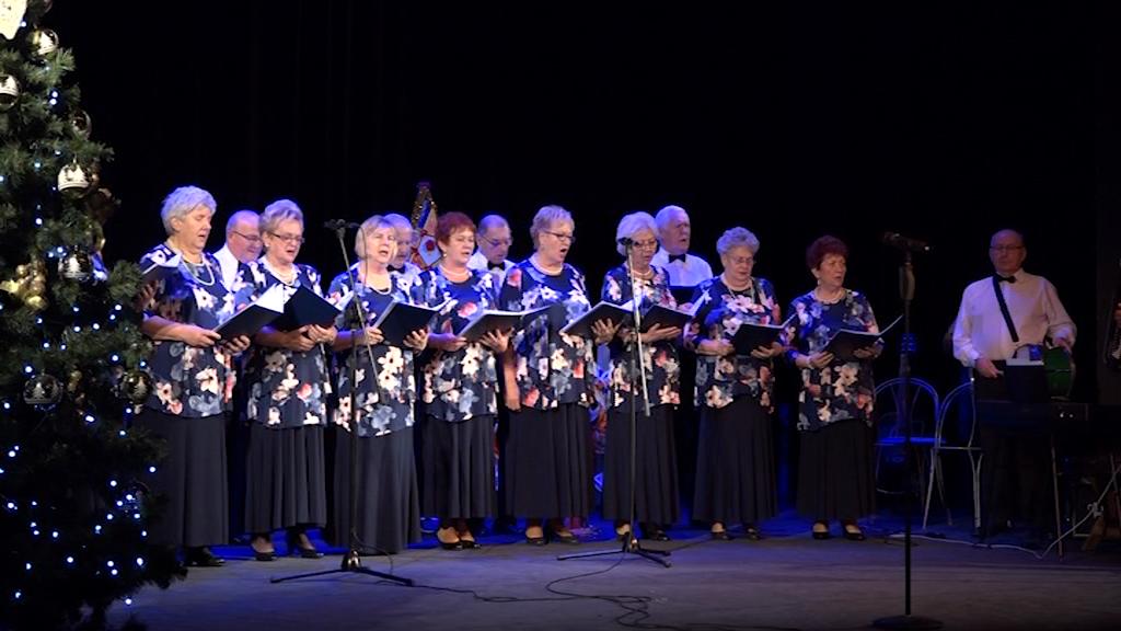 Seniorzy śpiewali kolędy