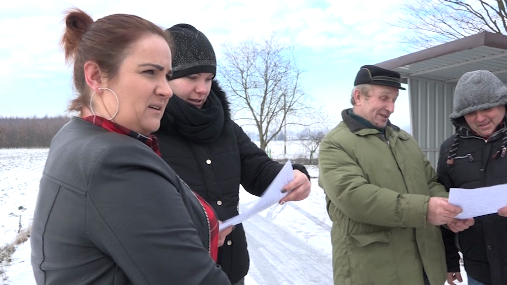 Rodzice z gminy Chodecz martwią się o swoje dzieci. Apelują do burmistrza, by zmienił zdanie….