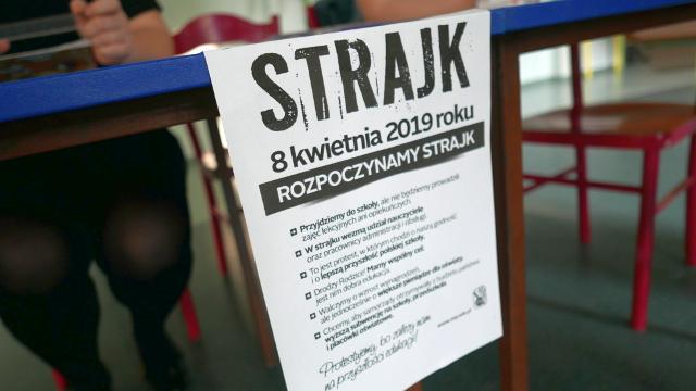 Matury vs. Strajk!