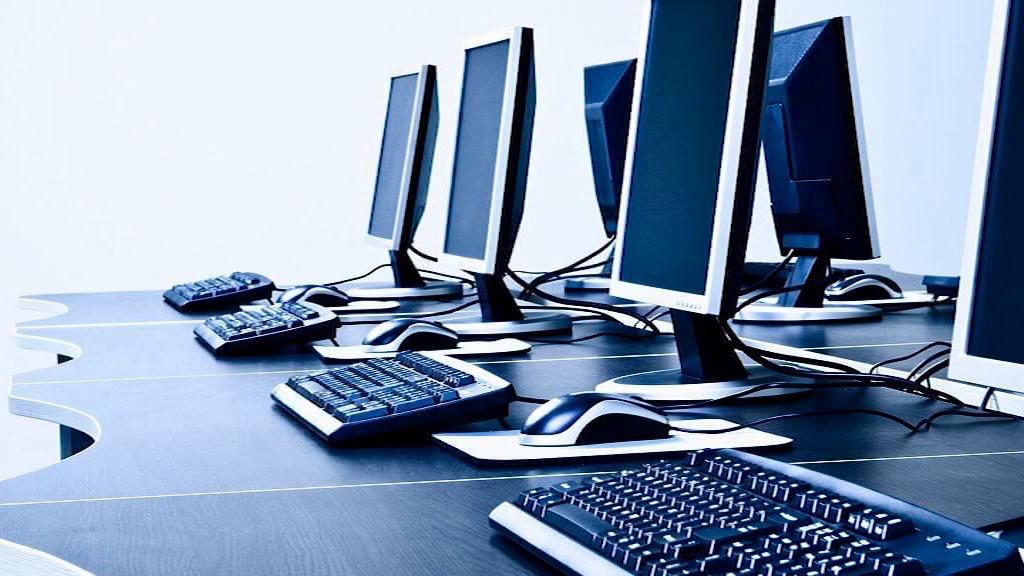 Komputery dla potrzebujących uczniów