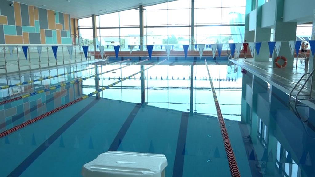 Co dalej z ważnością karnetów na miejskie baseny?